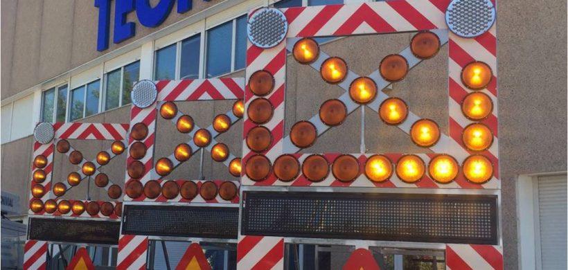 Variedad en Remolques de Señalización y Luminosos